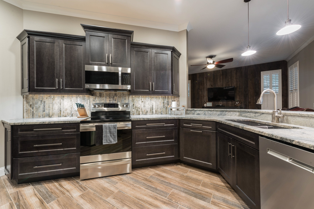 A Refined Rustic Kitchen