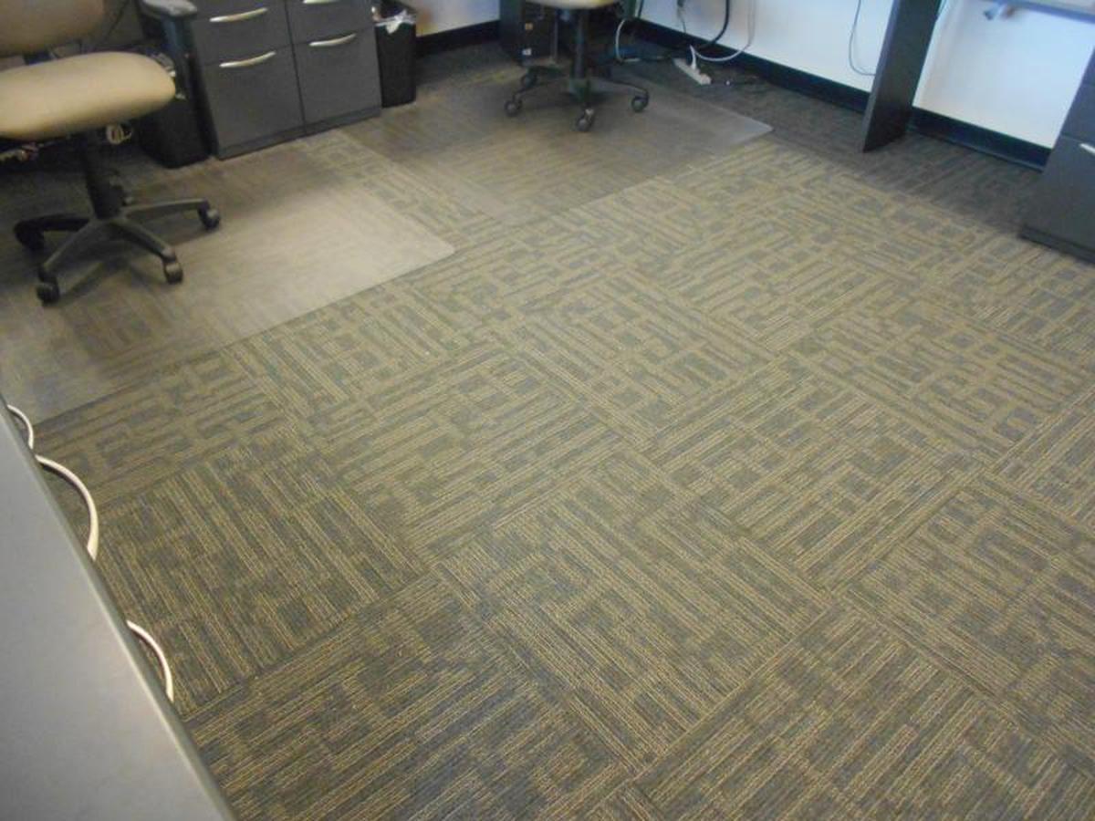 Island Lincoln Mercury Carpet Tile